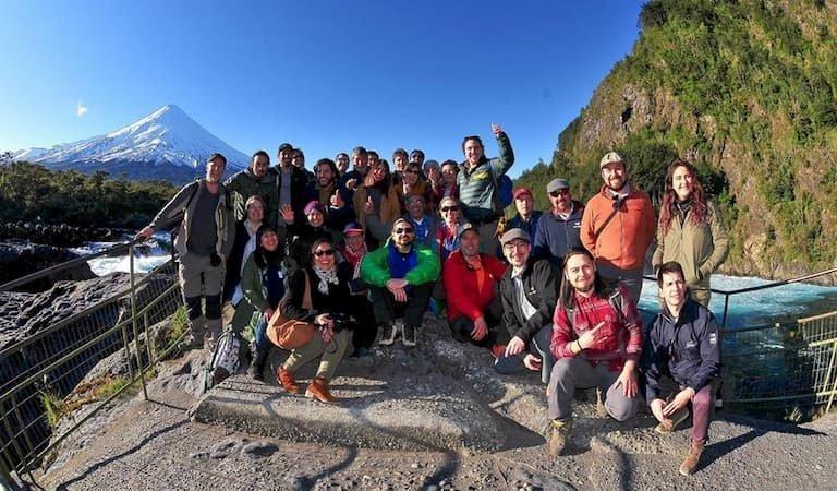 Estudiastes Escuela Innovación en Turismo Puerto Varas 2019 (Saltos del Petrohue)